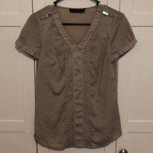 The Limited Blouse Top *slight defect* 3rd pic